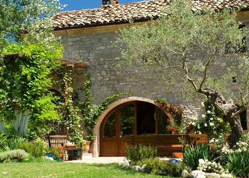 Casale in vendita abruzzo casa ristrutturata propriet for Case antiche ristrutturate