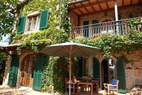 italien landhaus kaufen restauriert in toscana haus 1934 villa rustico grosseto landhaus. Black Bedroom Furniture Sets. Home Design Ideas